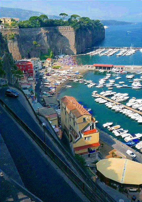Holidays in Sorrento Apartments and villas in Sorrento Italy